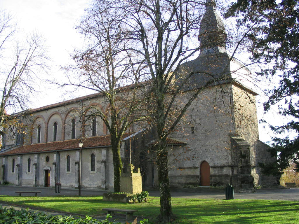L-eglise-de-Saint-Paul.jpg (413 KB)